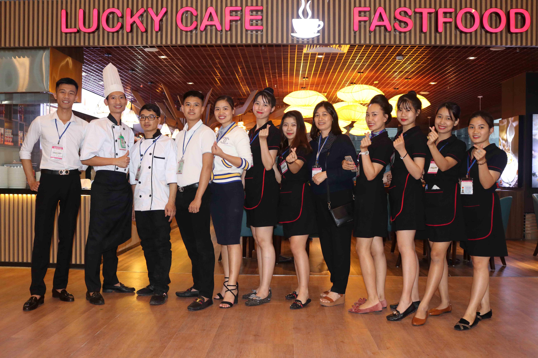 Lucky cafe Vân Đồn